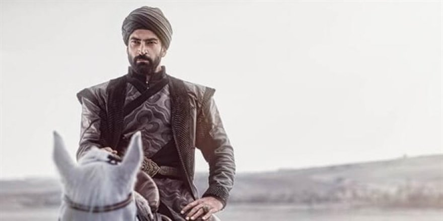 Kenan İmirzalıoğlu kendine tarih hocası arıyor