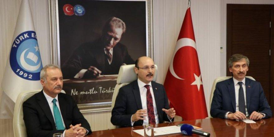2023'e Doğru Türkiye'de Din Eğitimi ve Değerler Eğitimi Çalıştayı Başladı