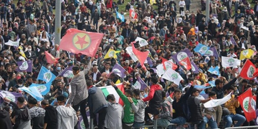HDP'nin nevruz etkinliğinde terör propagandası yapıldı