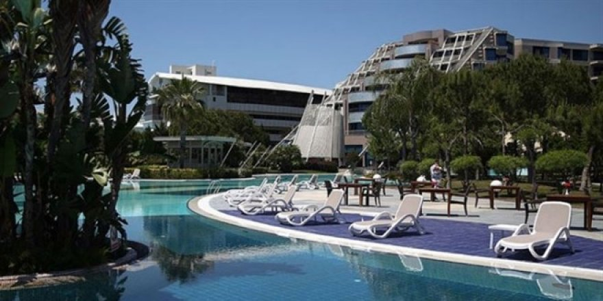Oteller 'tam kapanmayı' fırsata çevirdi: Ev parasına karantina