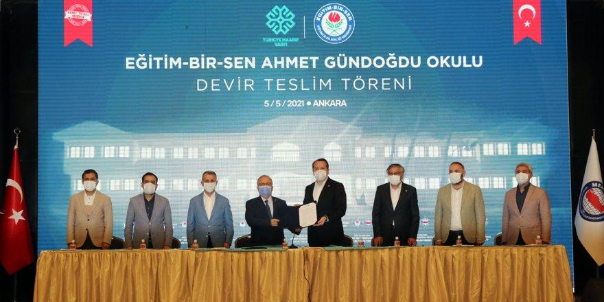 Eğitim-Bir-Sen, Suriye'de Yaptırdığı Okulu Türkiye Maarif Vakfı'na Devretti