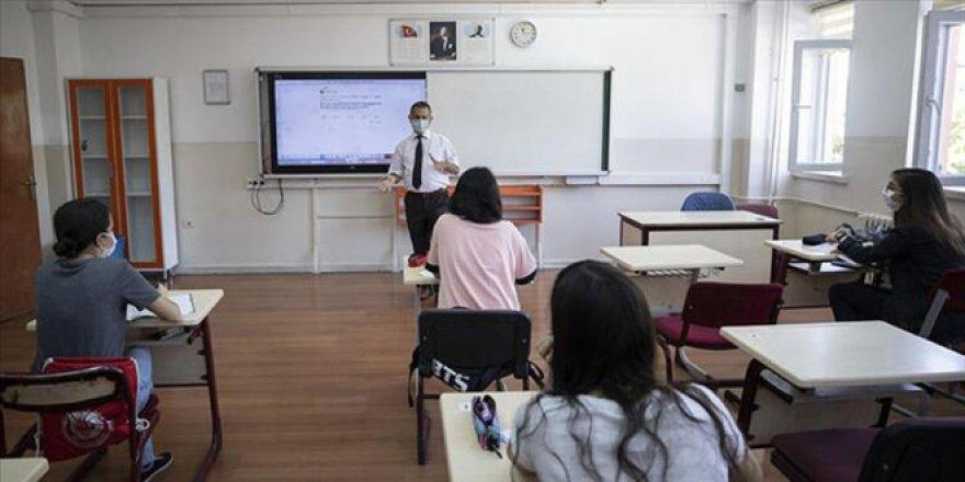 Telafi eğitimin detayları belli oldu: Öğrenci nerede, eğitim orada
