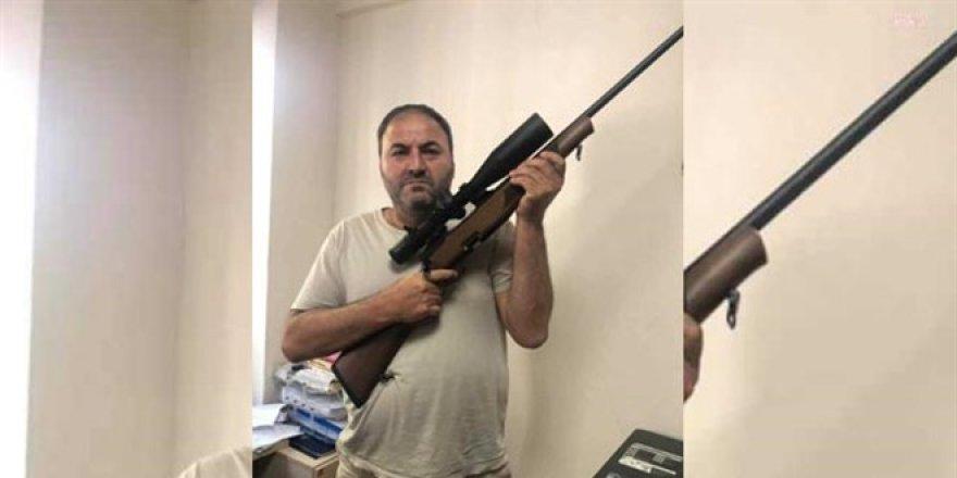 Soylu'ya silahla destek veren öğretmene inceleme