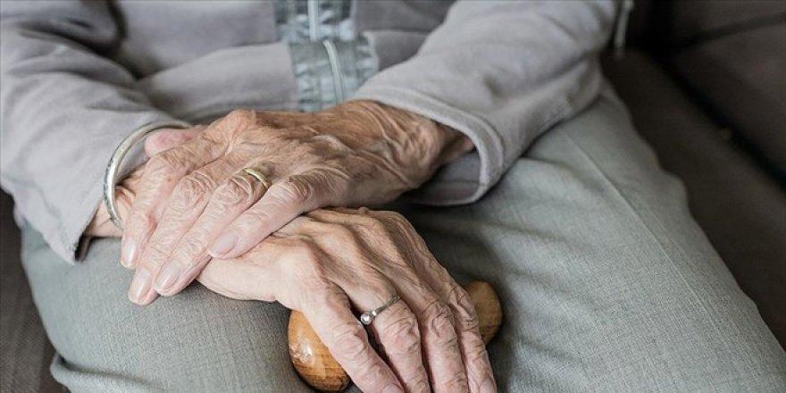 Yeni araştırma: Bir insan en fazla kaç yaşına kadar yaşayabilir?