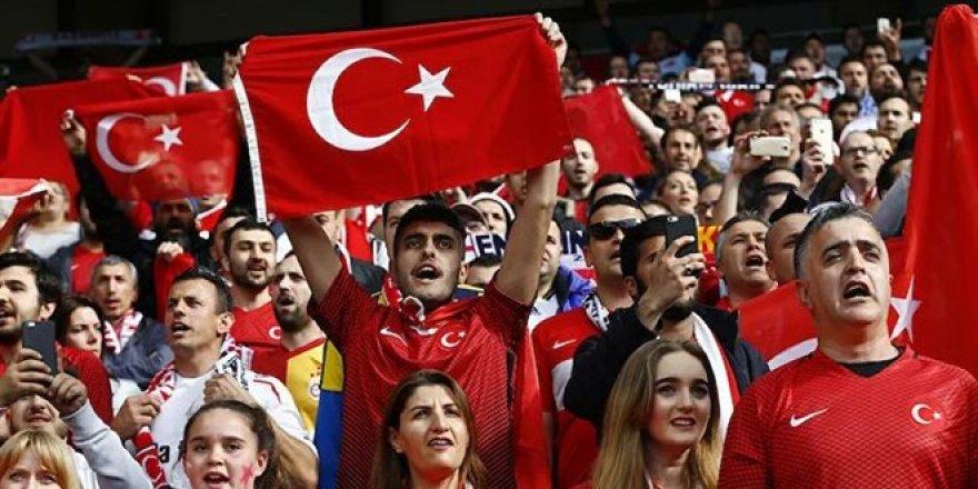 EURO 2020 öncesinde İtalya'dan 'Türk taraftar' kararı