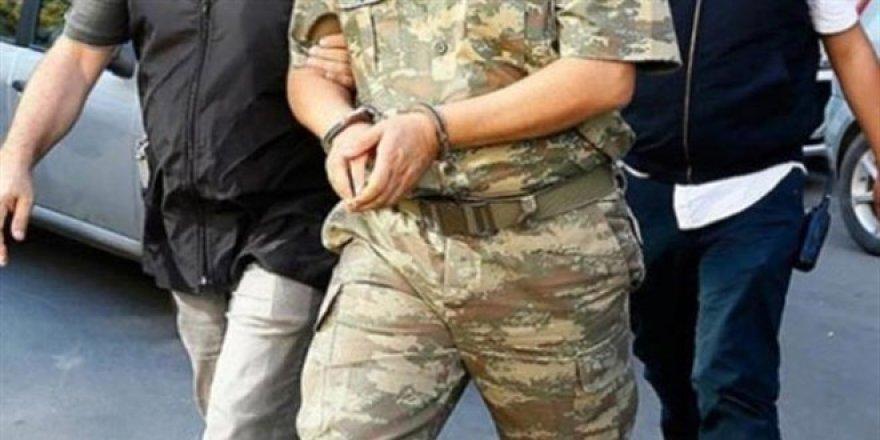 4'ü muvazzaf asker 20 şüpheliye 'mahrem yapı' gözaltısı