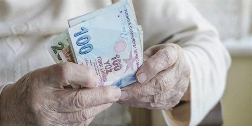 Emekliye ek zam! Maaşlar ve ek ödemeler artacak