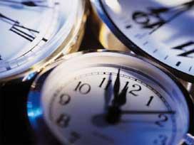 Özel öğretim kurumu müdürlerinin çalışma saatleri nedir?