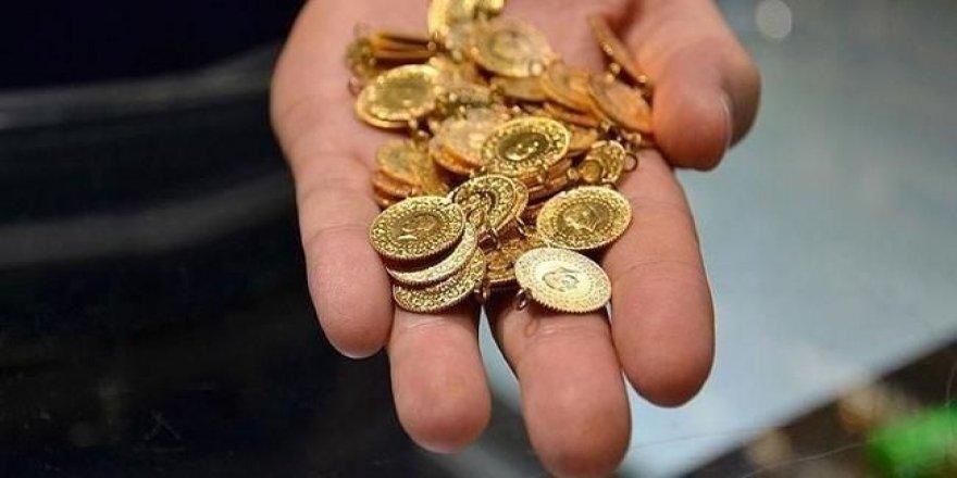Bu sene altın kaç olacak? Atilla Yeşilada yatırımcıya fiyat verdi