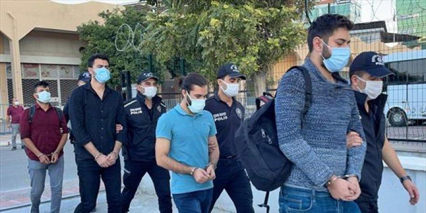 FETÖ'ye yönelik operasyonda yakalanan 8 eski askeri öğrenci adliyede