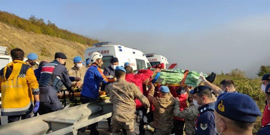 Samsun'da yolcu otobüsü şarampole devrildi: 2 ölü, 14 yaralı