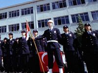 Polis koleji mezunları akademiye sınavsız giremeyecek