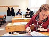 Üniversite sınavında VİP koruma