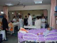 Hastanede, akademisyene öncelik verilebilir mi?