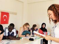 MEB'den yurt dışı okul atağı
