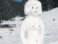 Öğretmene 'kardan kadın' soruşturması