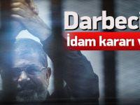 Darbeci yönetimden flaş Mursi kararı!