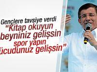 Başbakan Davutoğlu'ndan gençlere tavsiyeler