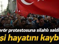 Terör protestosuna silahlı saldırı!
