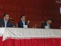 Eğitim-Bir-Sen'den Yeni Anayasa ve Kürt Sorunu Paneli