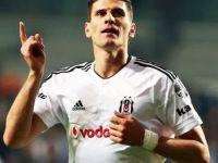 Mario Gomez sürprizi! 3 yıllık anlaşma