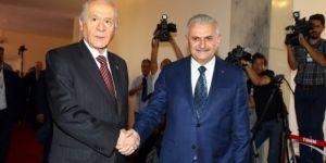AK Parti'den Bahçeli'ye 2 teklif