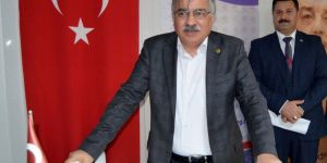 Latif Selvi: Yeni Yükseköğretim Kanununa İhtiyaç Var