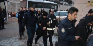 Derste FETÖ Propagandası Yapan Öğretmene Tutuklama