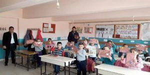 Öğretmenden, 23 yıl önce görev yaptığı Midyat'taki okula vefa