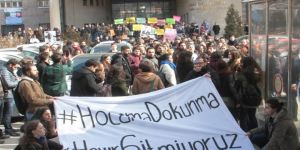 Ankara Üniversitesinde 'ihraç' protestosu