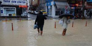 Mersin'de yağış nedeniyle okullar tatil edildi