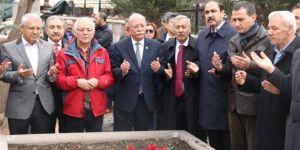 Koncuk: Büyük Şair Mehmet Akif Ersoy'u Rahmetle Anıyoruz