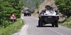Cizre'de askeri araç devrildi: 9 yaralı