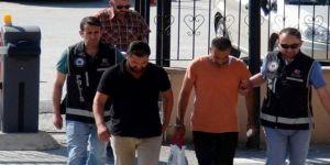 Öğretmen çift, Yunansitan sınırında yakalandı!