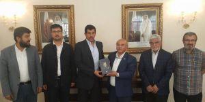 Ankara STK Temsilcilerinden Katar Büyükelçiliği'ne Destek Ziyareti