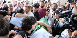 Sakarya'daki Vahşetin Kurbanlarını Binlerce Vatandaş Uğurladı
