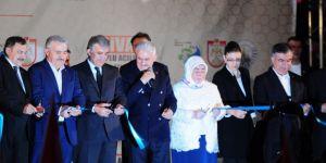 Başbakan Yıldırım'a Abdullah Gül de eşlik etti