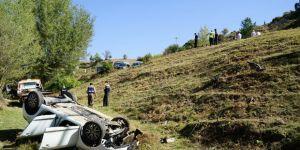 Öğretmenlerin aracı uçuruma yuvarlandı: 1 ölü, 2 yaralı