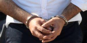 FETÖ'den aranan öğretmen sahte kimlikle yakalandı