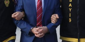 İzmir'de FETÖ'den 52 tutuklama