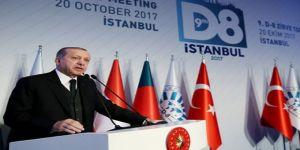 """Erdoğan'dan D-8 ülkelerine çağrı """"Milli para biriminin önünü açalım"""""""