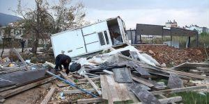 Antalya'yı şiddetli yağış, fırtına ve hortum vurdu