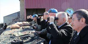 Başbakan Yıldırım, Namazdağı Üs Bölgesi'ni ziyaret etti