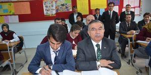 Bakan Yılmaz'dan 'sözleşmeli öğretmen' açıklaması