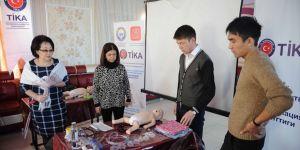 TİKA'dan Kırgızistan'a sağlık eğitimi desteği