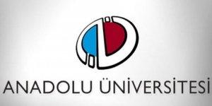 Anadolu Üniversitesi bu kez de 3 ders sınavına girecek adayları mağdur etti
