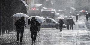 İstanbul'u fırtına vurdu! Meteoroloji'den son dakika peş peşe uyarılar!