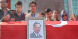 Türk Eğitim-Sen Yöneticileri Akademisyenlerin Cenaze Törenine Katıldı