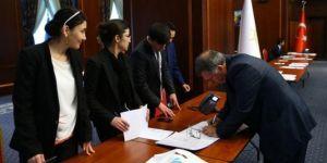 AK Parti'de adaylık başvuruları 29 Nisan'da sona erecek