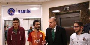 Cumhurbaşkanı Erdoğan: Çayınız hazırsa geliyorum